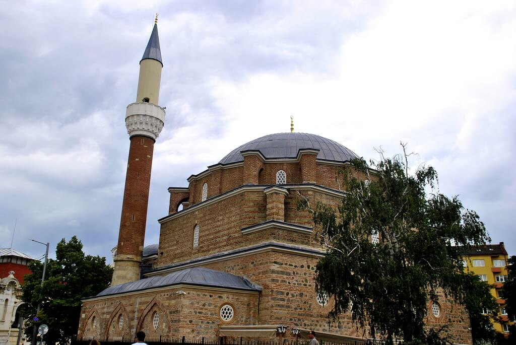 qué ver en Bulgaria Mezquita Banya Bashi, Sofia