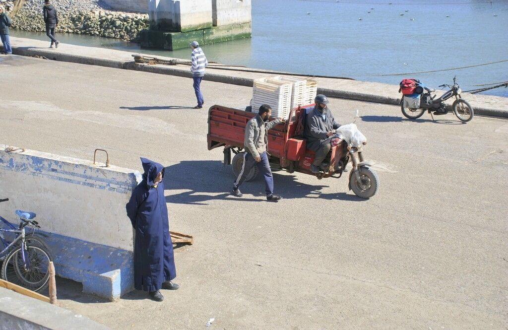 Avenida principal del puerto de Essaouira