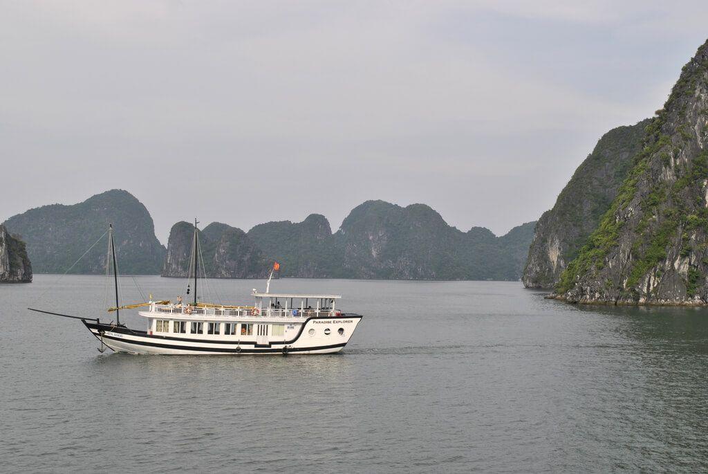 crucero bahía de Halong