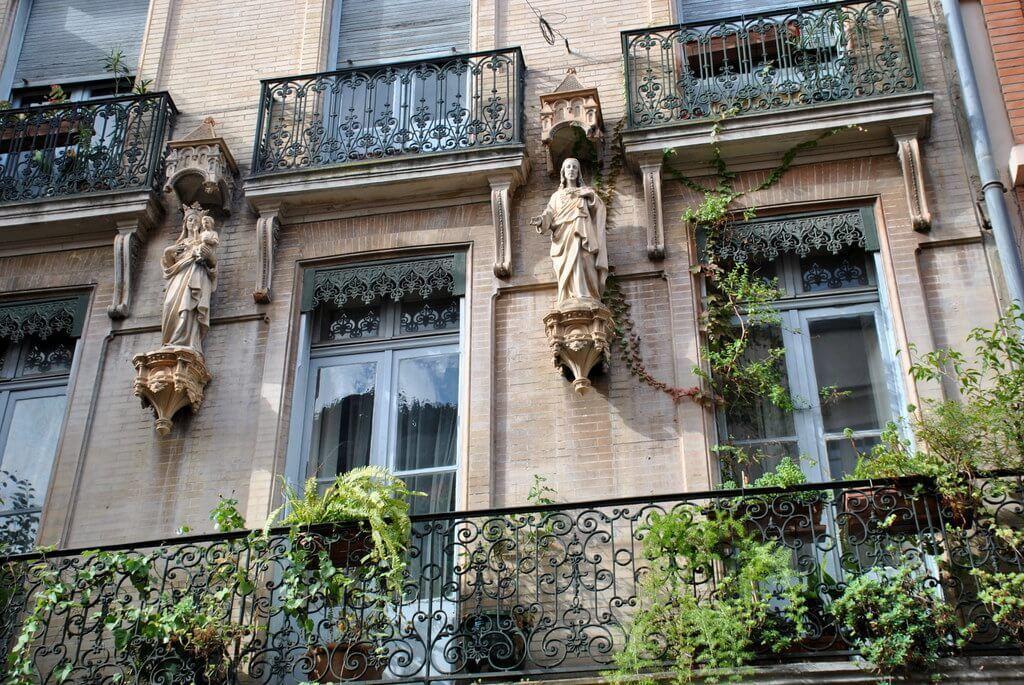 Edificios preciosos del Vieux Quartier de Toulouse