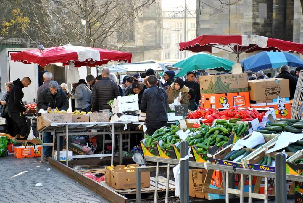 Mercado de pulgas de Saint Michel