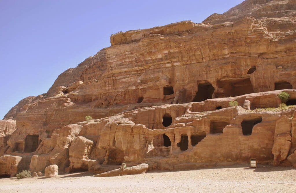Tumbas nabateas en la Avenida de las Fachadas