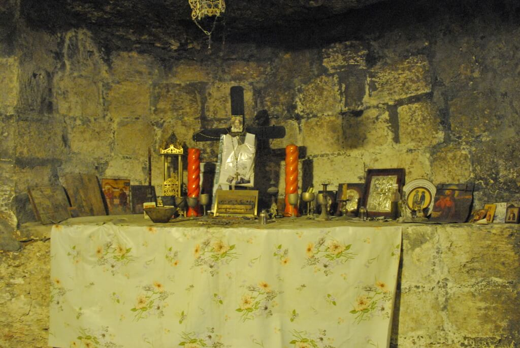 Altar dentro de la Iglesia de San Gabriel