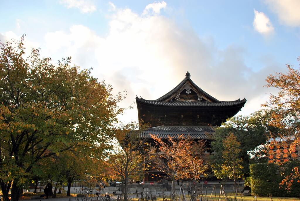 Interior Templo To-Ji