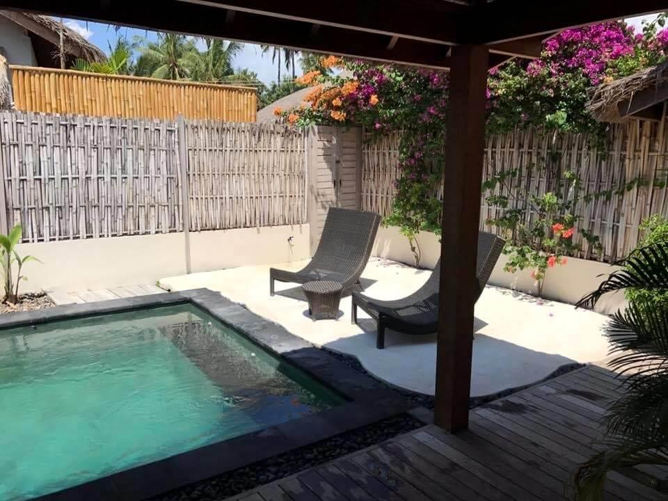 Piscina de nuestra villa privada en Gili Air