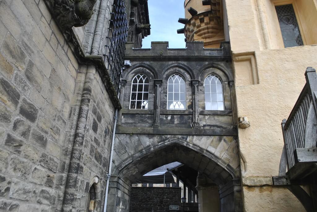 Pasaje interior dentro del Castillo