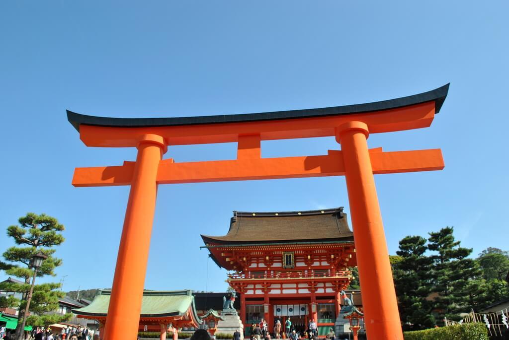 visitar el santuario fushimi inari taisha