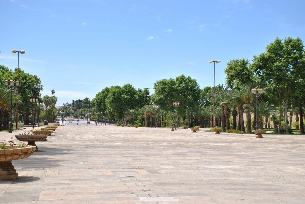 Explanada del Palacio Real de Fez