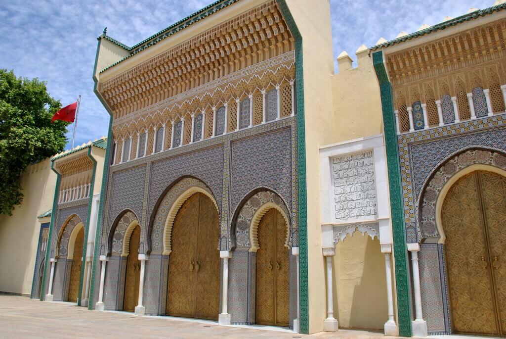 Las bonitas puertas del Palacio Real de Fez