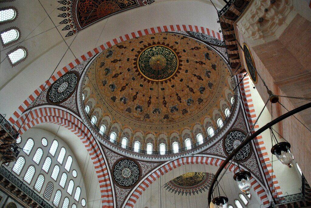 interior mezquita solimán