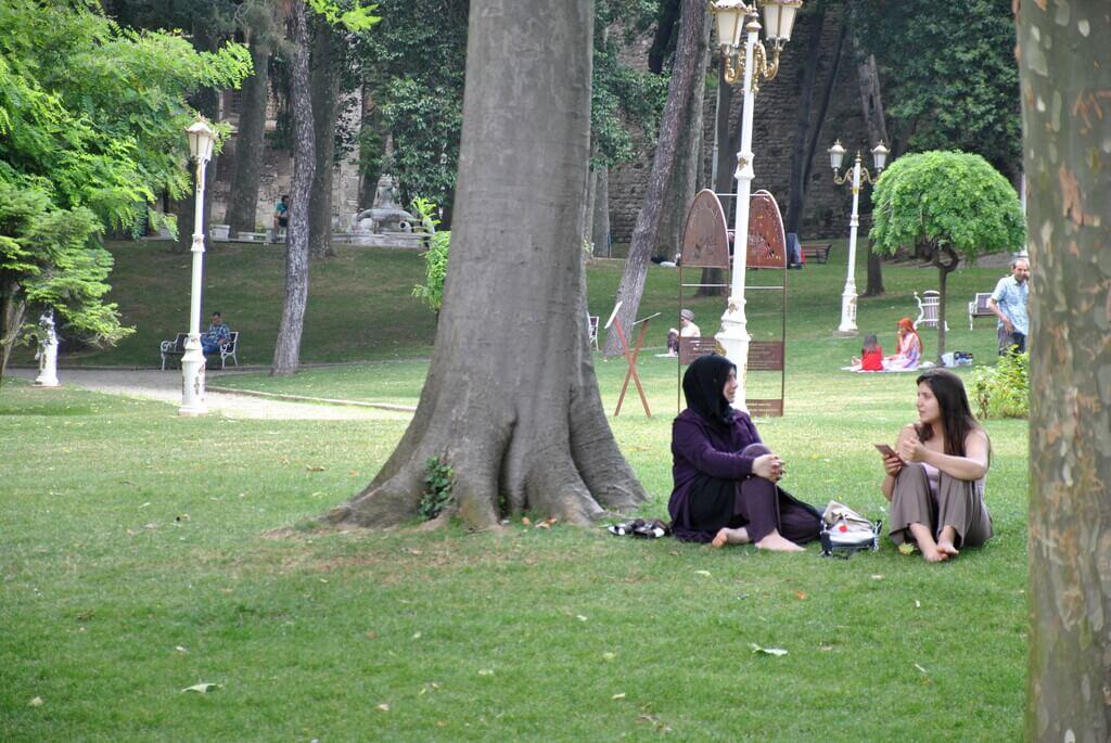 Descansando en el parque Gülhane