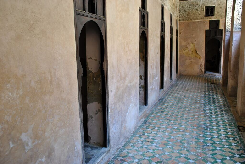 Habitaciones de los pisos superiores de la Madrasa