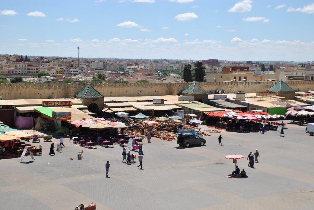 Plaza El-Hedim desde la terraza del Pavillon des Idrissides