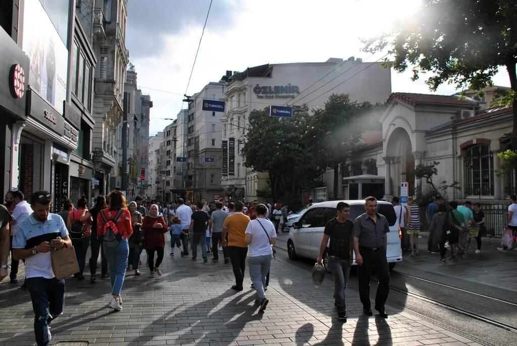 Comienzo de la Avda Istiklal
