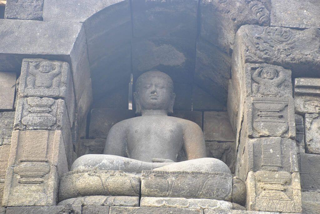 interior del templo de Borobudur