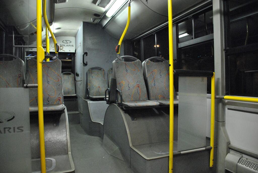 Interior autobús X96