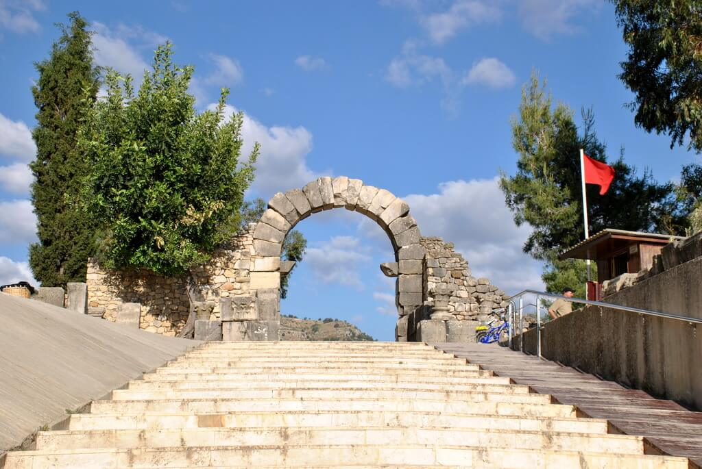Puerta de César. Acceso directo a las ruinas de Volubilis