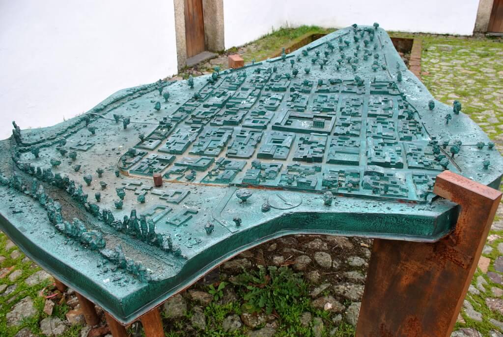 Maqueta de Ammaia localizada en la entrada a las ruinas
