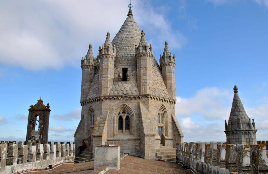 Torre de la azotea de la Catedral de Évora