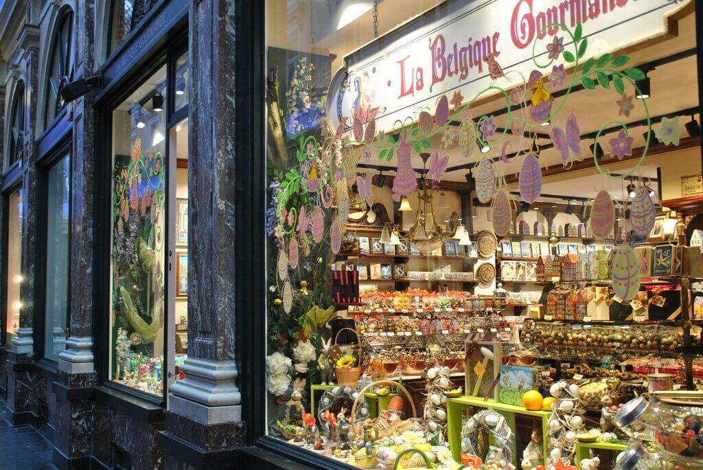 Tienda de chocolates en el interior de las Galerías Saint-Hubert