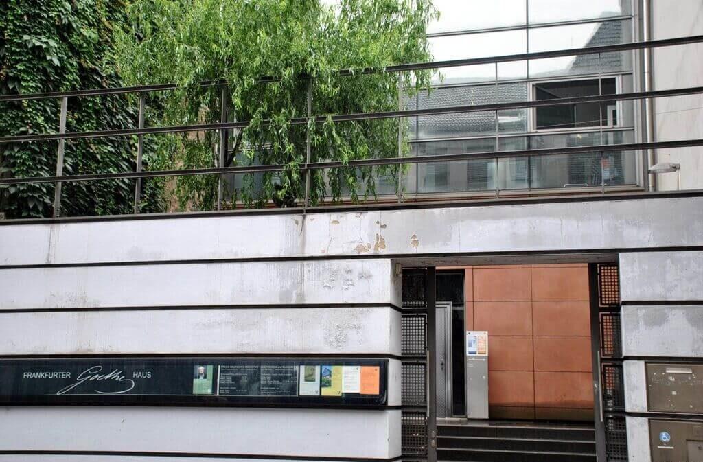 Puerta principal de la casa-museo de Goethe