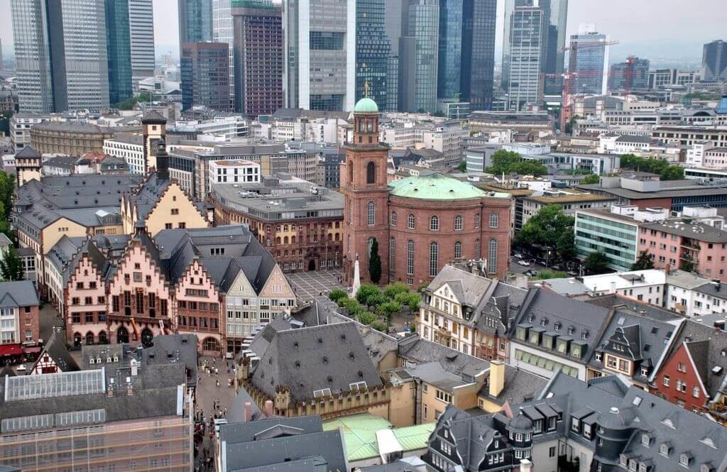 vistas de Frankfurt desde la catedral