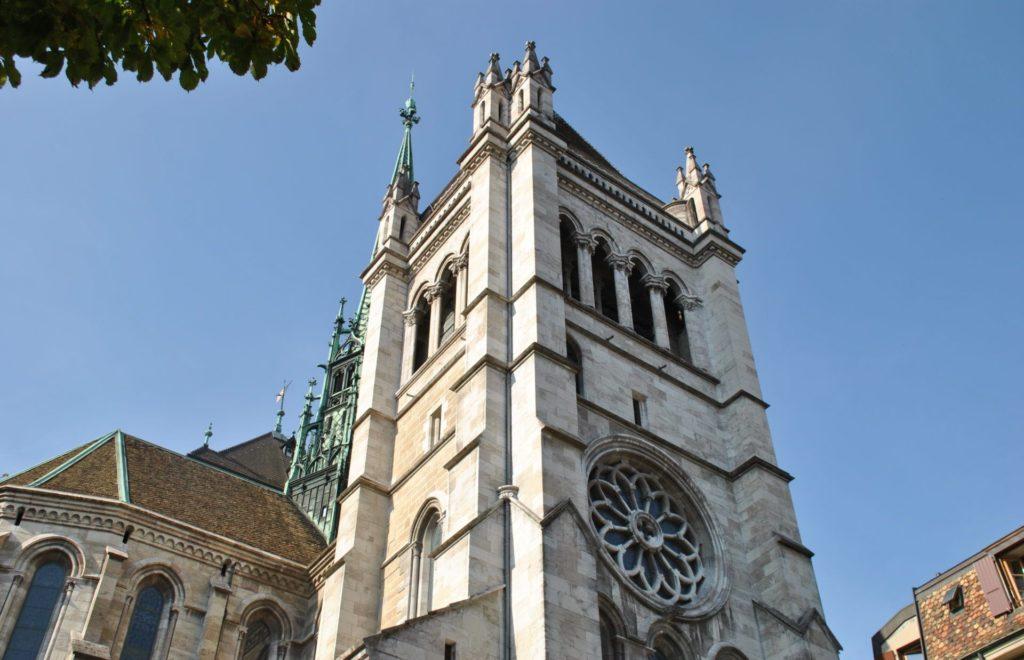 Torre de la Catedral de Saint Pierre
