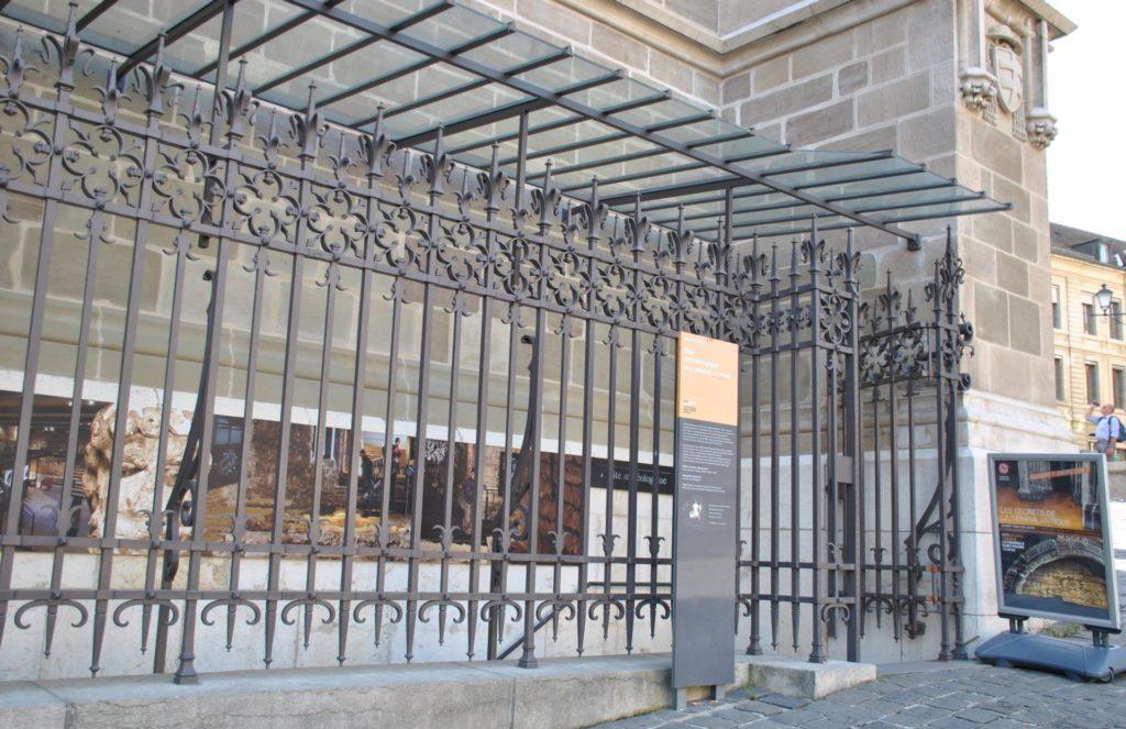 Acceso al subsuelo de la catedral