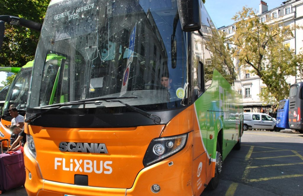 Autobús de Flixbus (trayecto Ginebra-Annecy)
