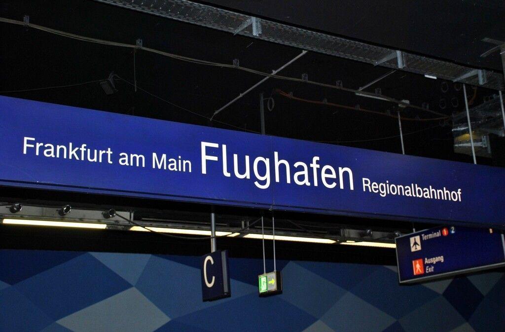 cómo ir del aeropuerto de Frankfurt al valle del mosela