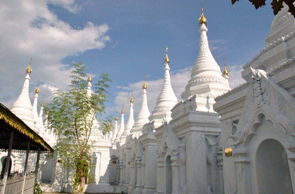interior Sandamuni pagoda