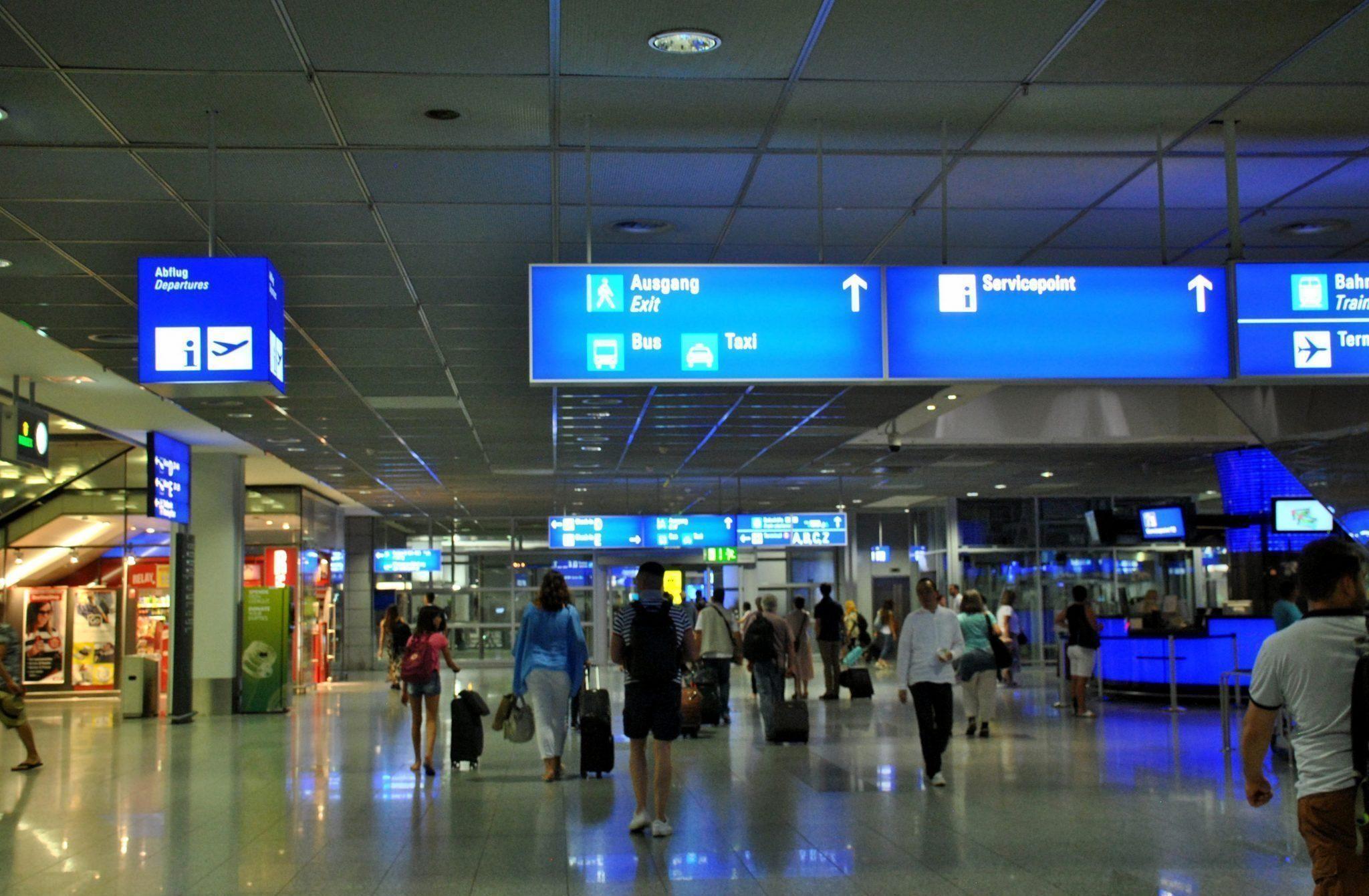 cómo ir del aeropuerto de Frankfurt al centro