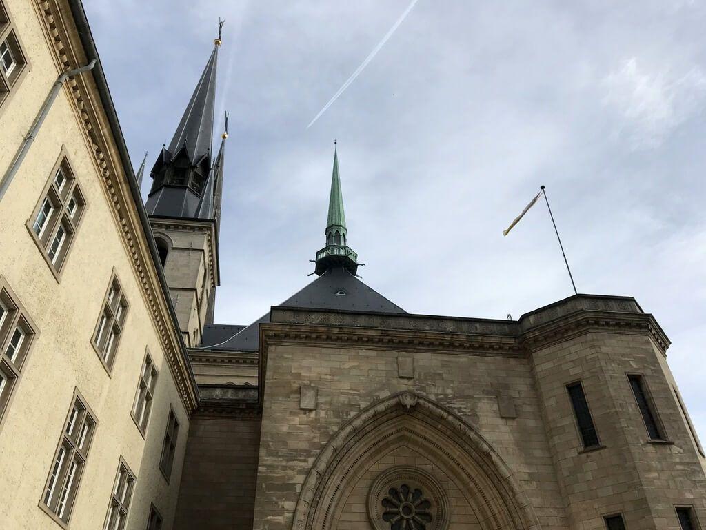 Fachada de la Catedral de Luxemburgo