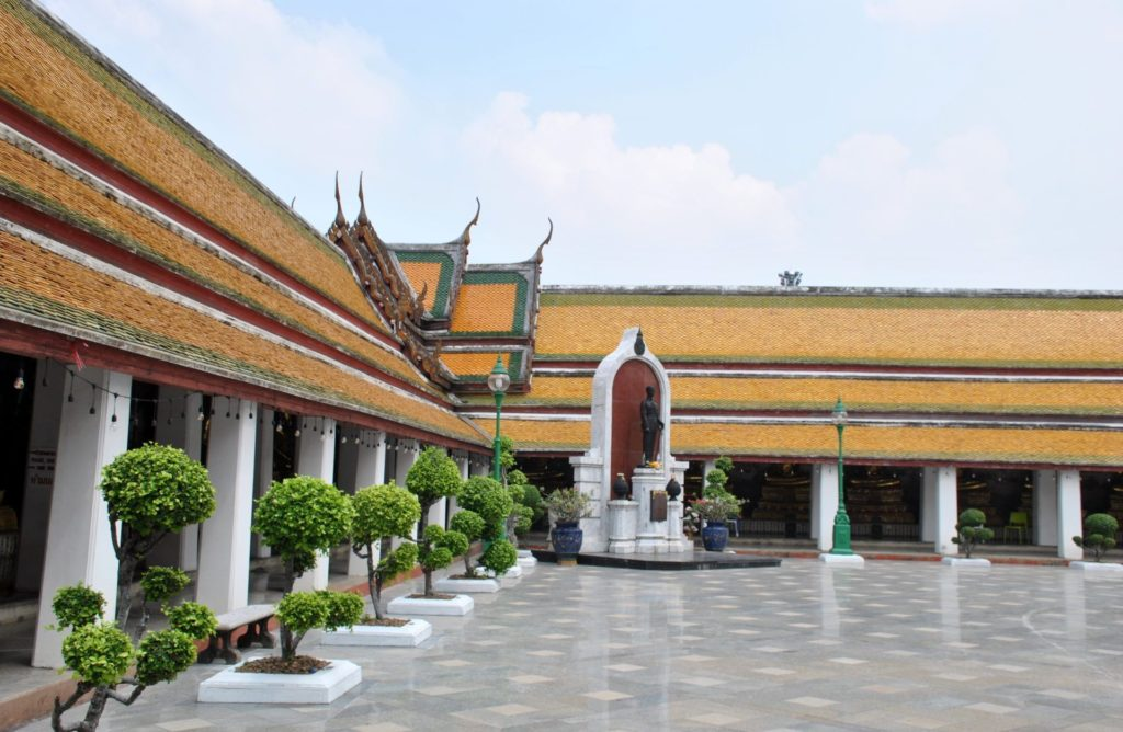 Interior del Wat Suthat