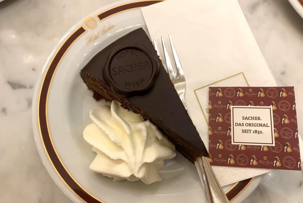 dónde comer la mejor tarta Sacher