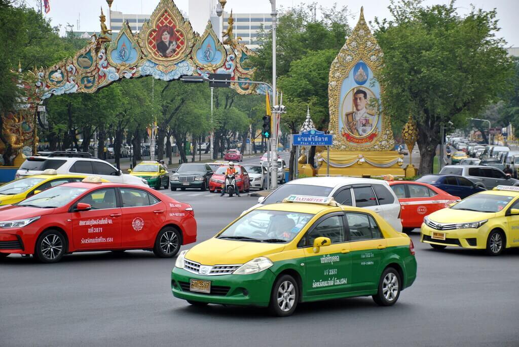 Taxis en el centro de Bangkok