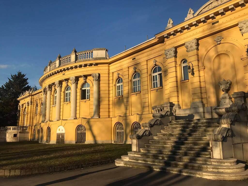 guía para visitar el Balneario Széchenyi