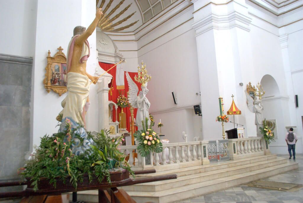 Altar principal de la Catedral de Santa Marta