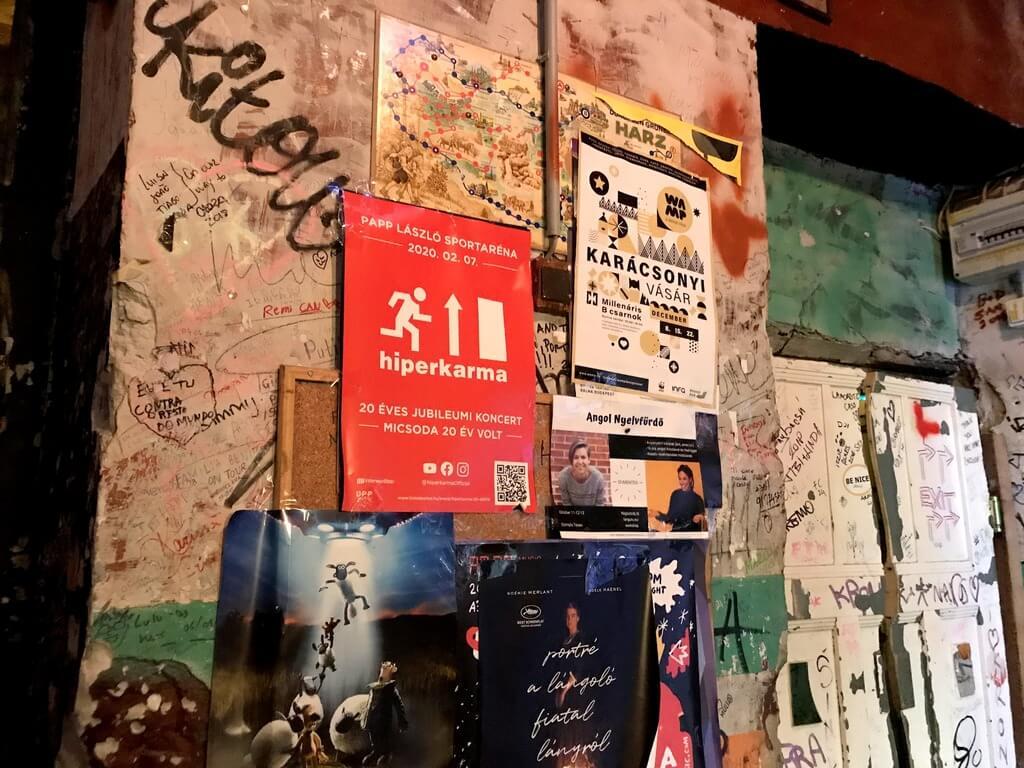 Szimpla Kert el bar ruina más antiguo de Budapest