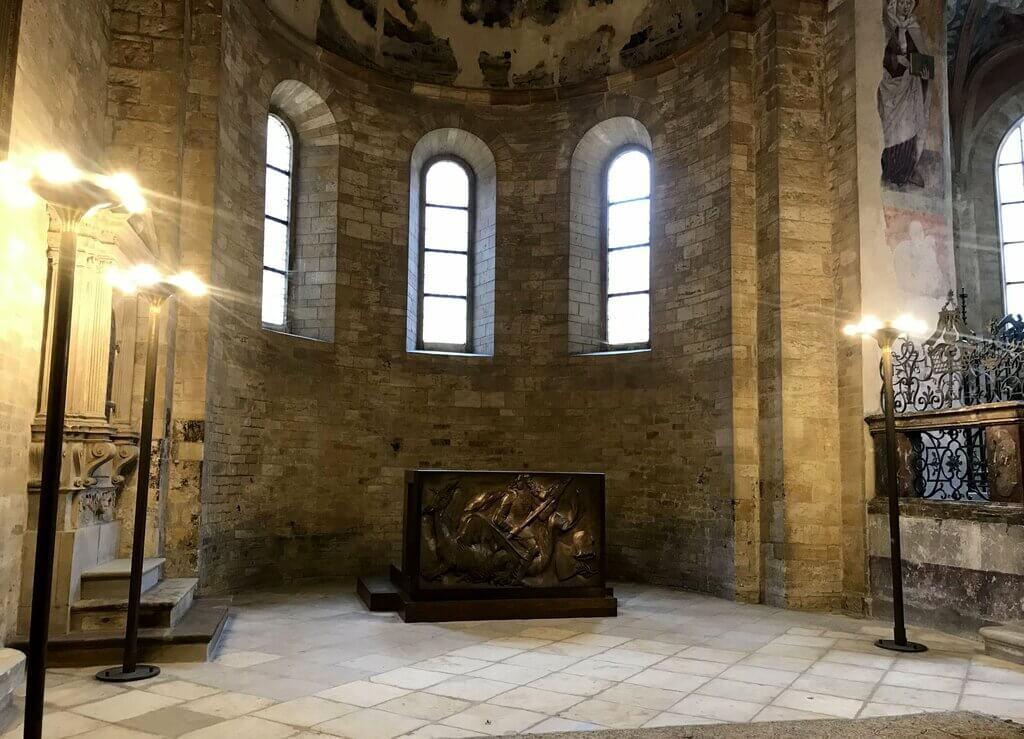 Altar con San Jorge y el dragón