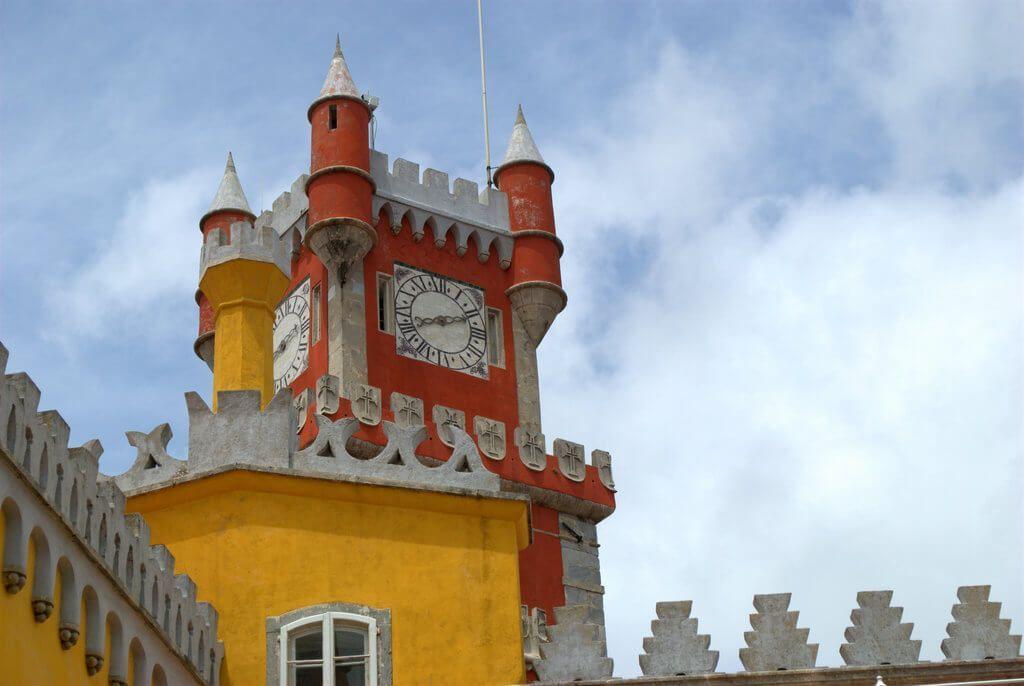 Una de las torres del Palacio da Pena