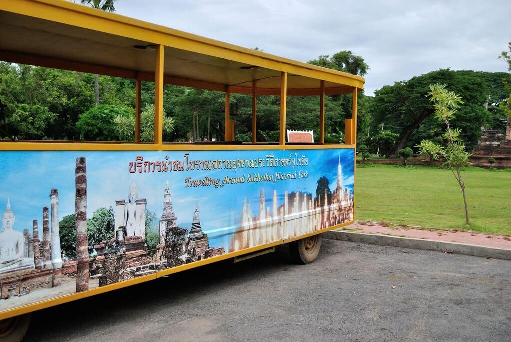 cómo moverse por Sukhothai