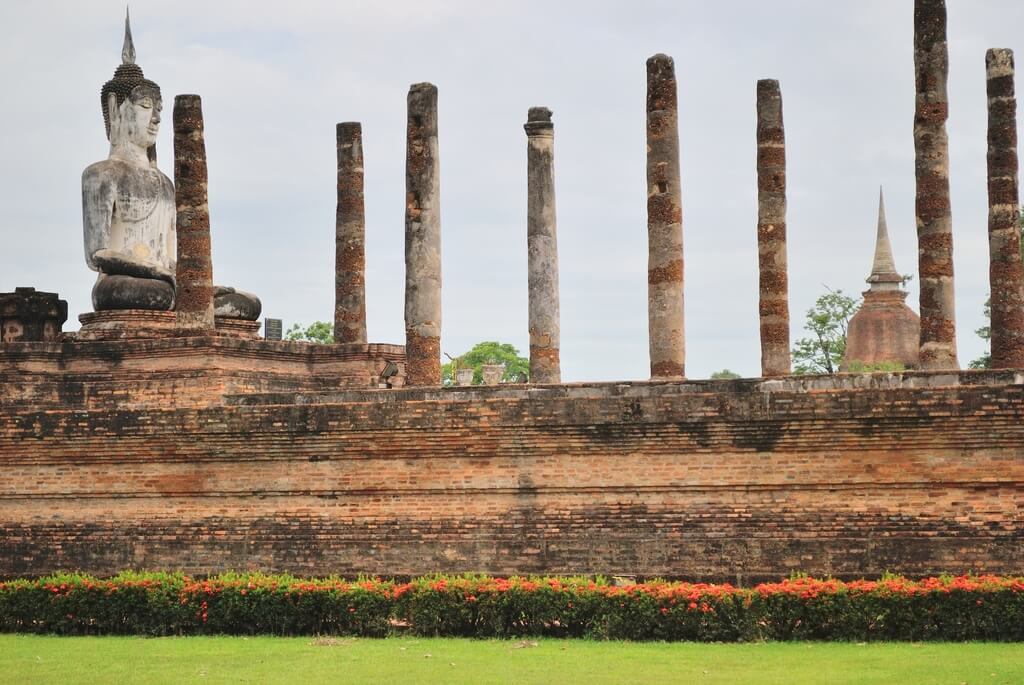 Wat Mahathat, zona intramuros de Sukhothai