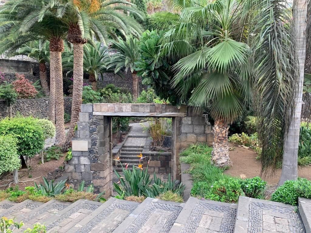 Antiguo arco de entrada al puerto de Garachico