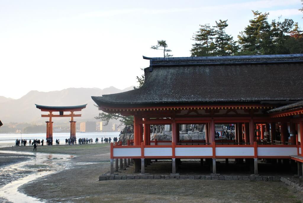 Uno de los santuarios de Itsukushima