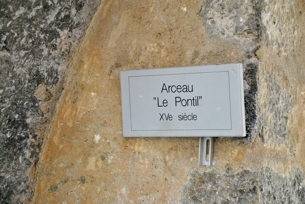 Placa que nos señala donde está el Pontis