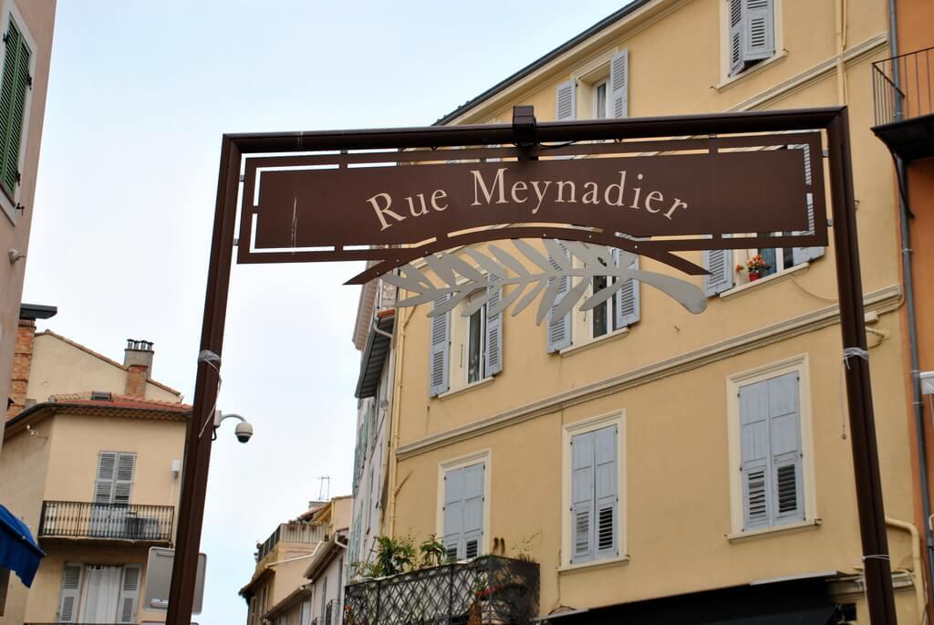 Comienzo de la Rue Meynadier, Cannes