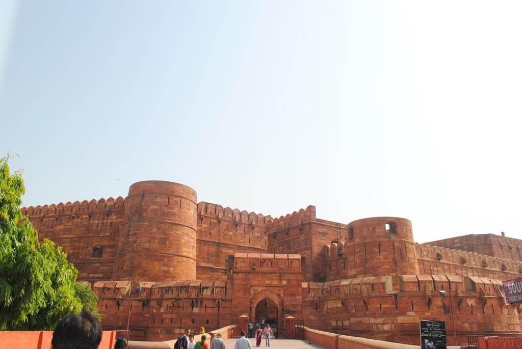 Puerta Amar Singhb Fuerte rojo de Agra