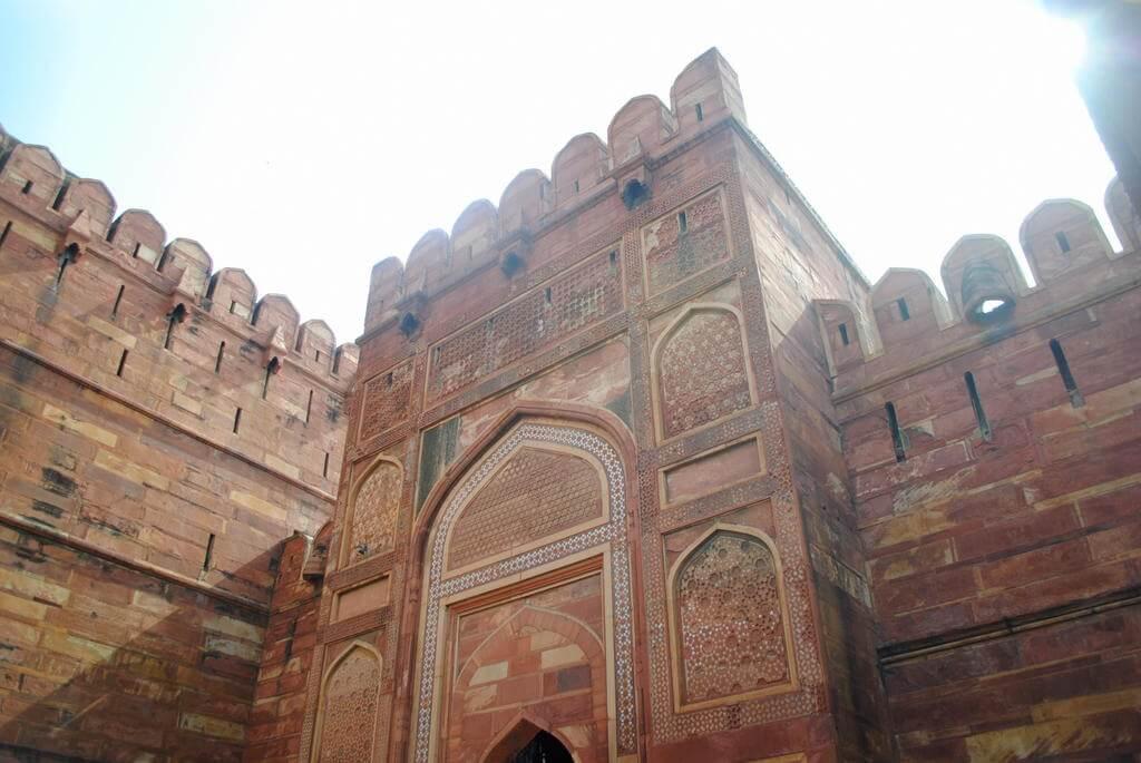 Interior del Fuerte rojo de Agra