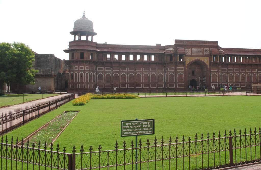 Jahangiri Mahal, interior del fuerte rojo de Agra